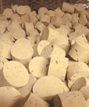 RL00 Natural Tapered Cork Stoppers (Bag of 100)